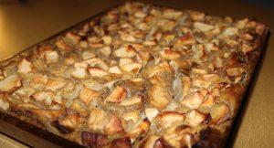 Délicimô ! - Recette Authentique du Clafoutis aux Pommes de ma Grand-Mère - www.delicimo.fr