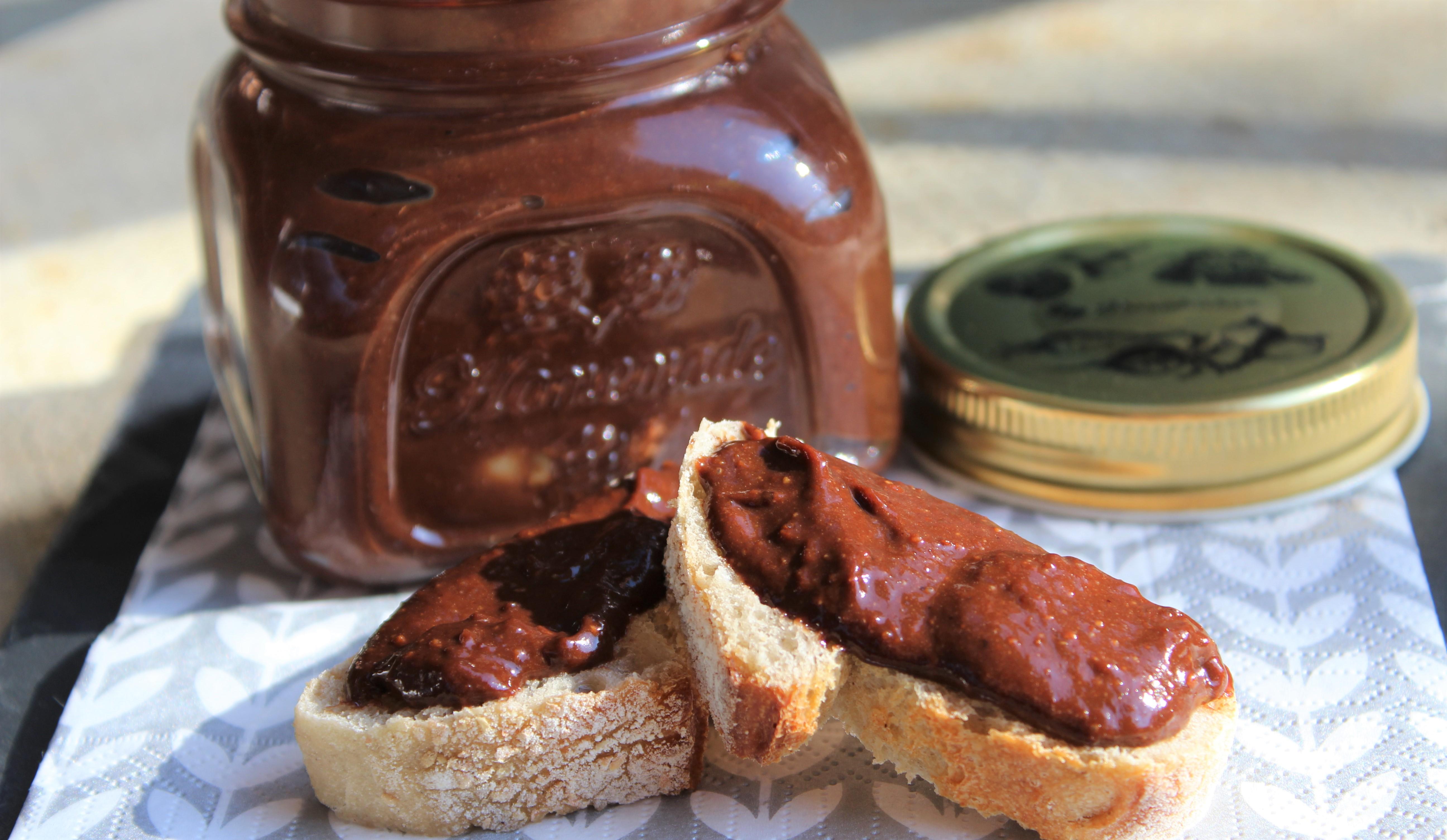 Pâte à Tartiner : Chocolat, Noisettes, Bananes