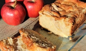 Délicimô ! - Recette Cake aux Pommes Mascarpone Ultra Moelleux - www.delicimo.fr