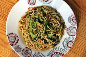 Délicimô ! - Recette Nouilles ou Pâtes Chinoises Sautées aux Légumes - www.delicimo.fr