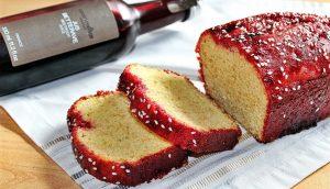 Délicimô ! - Recette Cake Gâteau à la Betterave, Fraise et Graines de Sésame - www.delicimo.fr