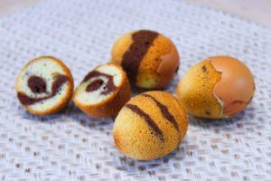 Délicimô ! - Recette des OEufs Marbrés de Pâques - Gâteau Marbré au Chocolat et Vanille - www.delicimo.fr